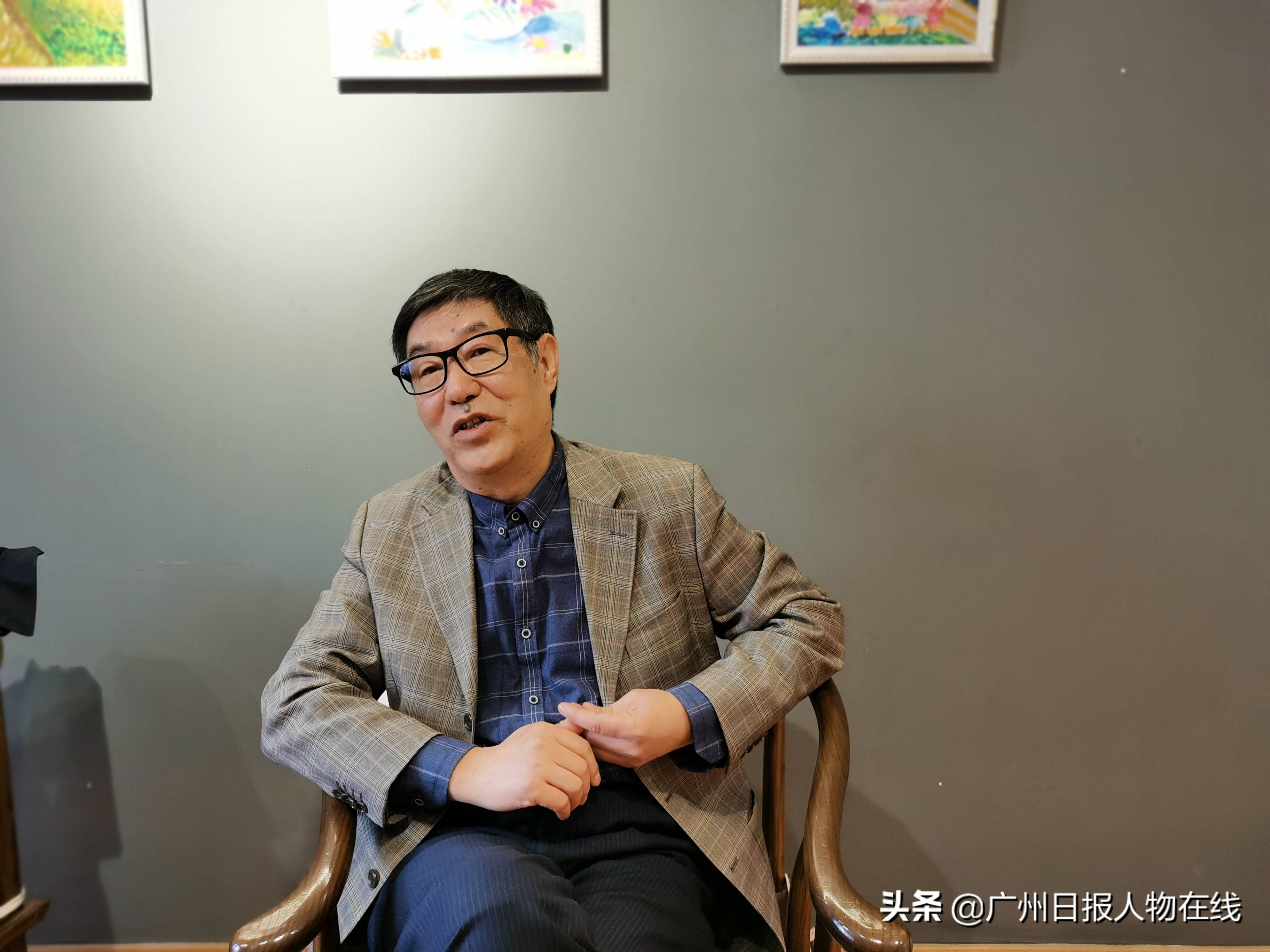 中央党校教授竹立家:五中全会绘就追梦蓝图 2020年GDP突破100万亿元意义重大